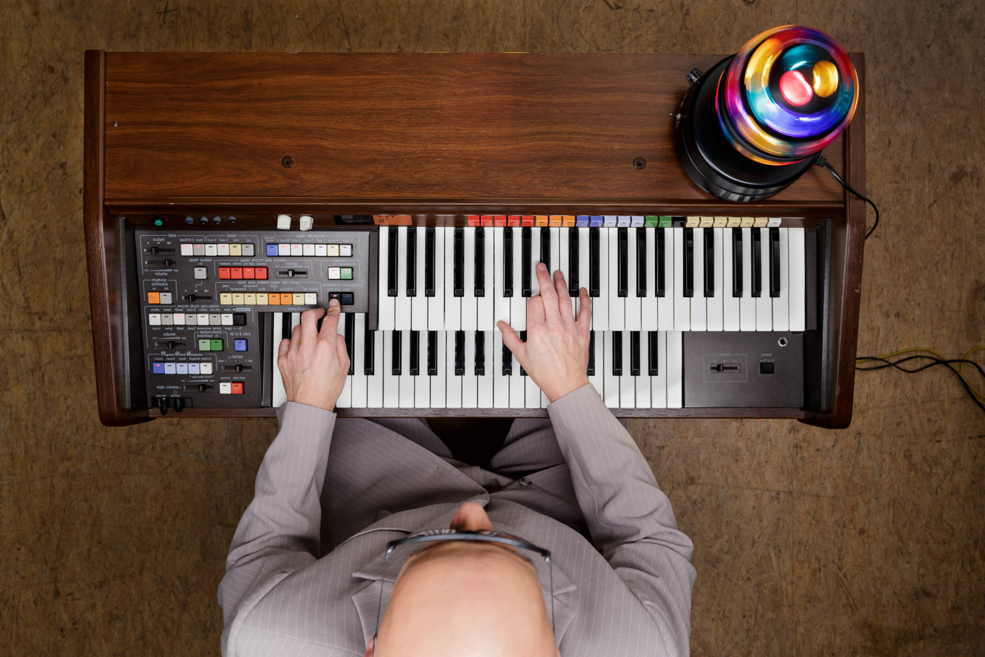 DRUCKEN!, Hände, Kultur, MASTERBILD, Pianist, Porträt, Projekt, Serie, klavier, konzert, mambo kurt, meisterfinger, musik, musiker, piano, tasten