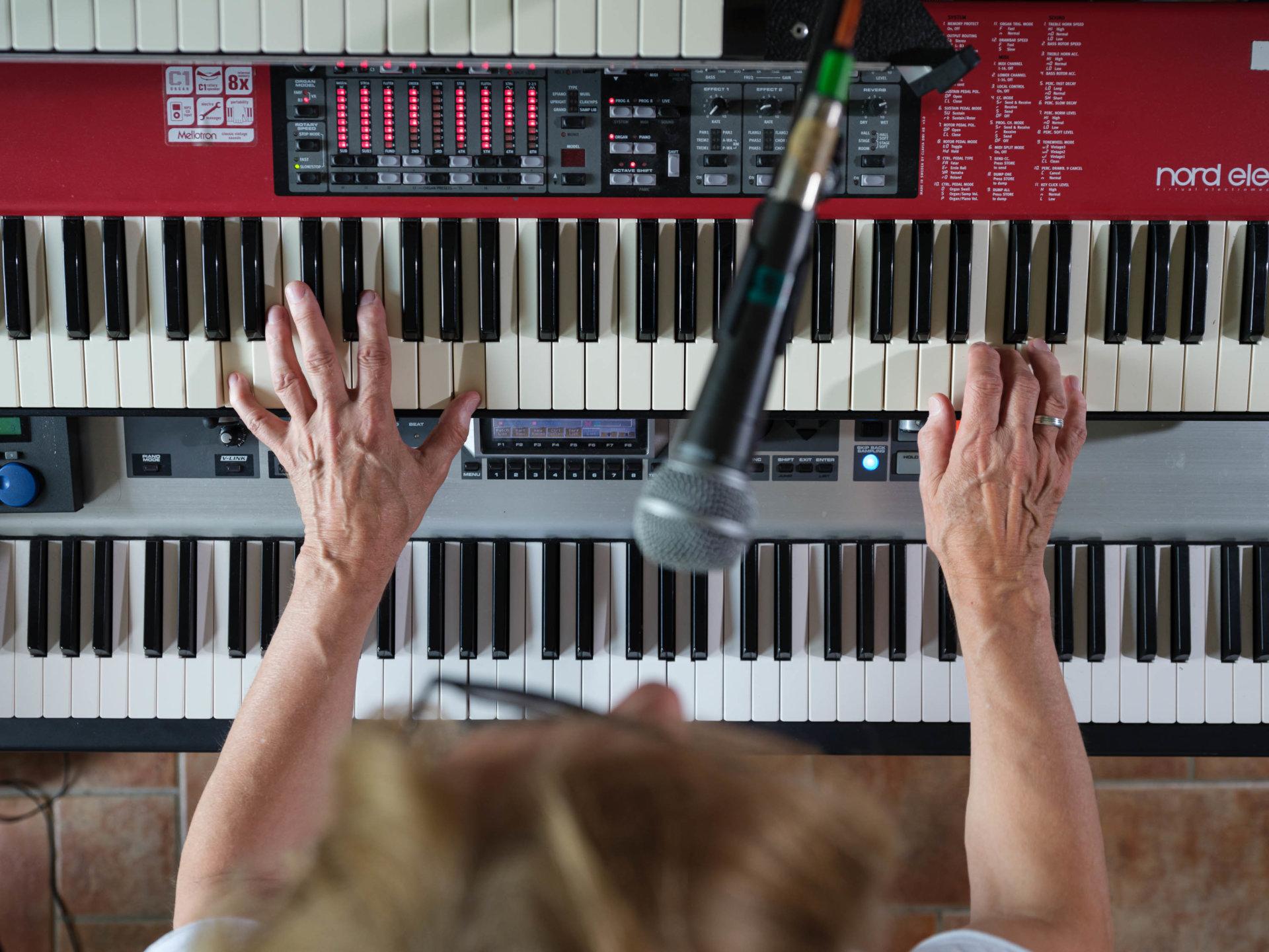 Keyboarder, Pianist, Proberaum, Ritchie Barton, Serrie, Silly, Studio, Tonstudio, band, meisterfinger
