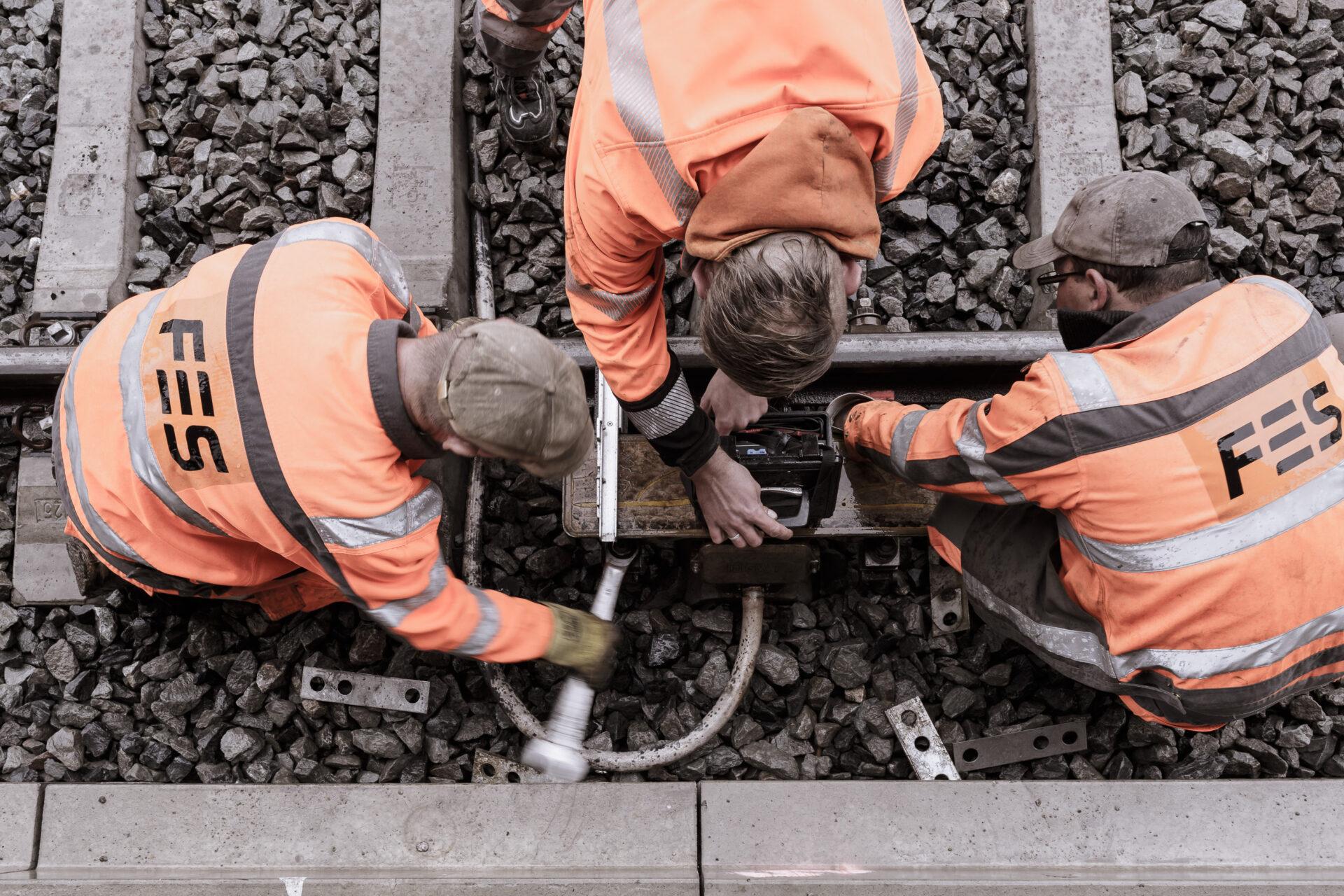 Arbeit, Arbeiter, Aussenaufnahme, Bad Langensalza, Bahn, Bahntechnik, Eisenbahn, FES, Reparatur, Schiene, Weiche, image